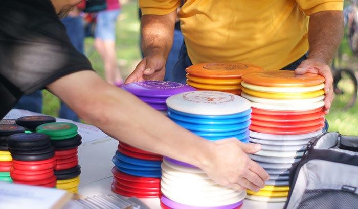 how to get more distance in disc golf