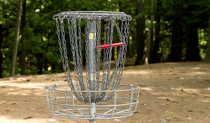 how to make a portable disc golf basket